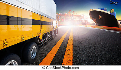 δοχείο , φορτηγό , και , πλοίο , μέσα , εισάγω , λιμάνι , λιμάνι , με , φορτίο , φορτίο , αεροπλάνο