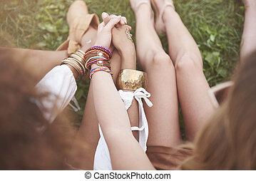 δυνατός , φίλοι , καλύτερος , αμπάρι ανάμιξη