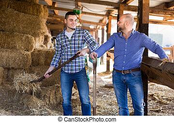 δυο , αγρότες , εργαζόμενος , μέσα , απoθήκη