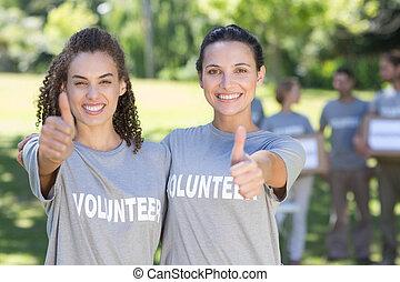 εθελοντές , πάρκο , ευτυχισμένος
