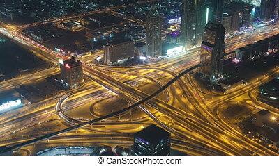 εναέρια θέα , από , εθνική οδόs , ένωση , μέσα , dubai , uae., βλέπω , από , ο , ύψος , από , burj, khalifa, timelapse