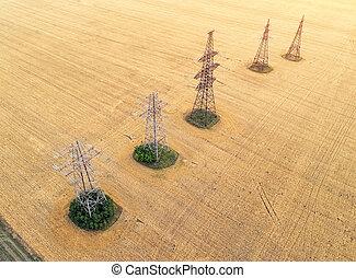 εναέρια θέα , πάνω , ο , γεωργικός , fields., κίτρινο , σιτάρι , και , δύναμη αμυντική γραμμή