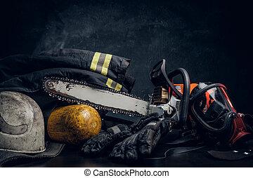 ενδυμασία , οξυγόνο , chainsaw , μάσκα , ασφάλεια , τραπέζι