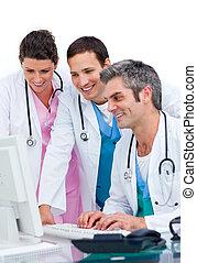ενθουσιώδης , ηλεκτρονικός υπολογιστής , ιατρικός , εργαζόμενος , ζεύγος ζώων