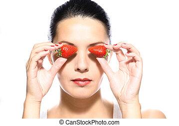 εξαίσιος γυναίκα , κράτημα , φράουλα , να , αυτήν , μάτια
