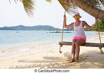 εξαίσιος γυναίκα , περιηγητής , ανακουφίζω από δυσκοιλιότητα , ώριμος , παραλία