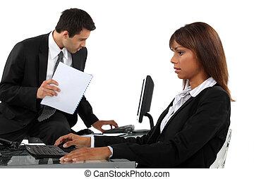 επαγγελματίες , επαγγελματική επέμβαση