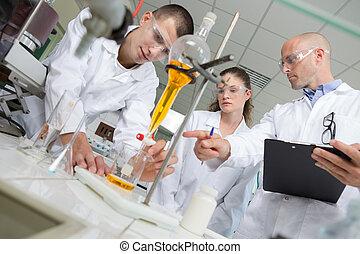 επιστήμη , έρευνα , εξέχω