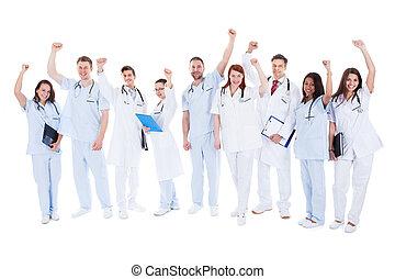 επιτυχής , ακάθιστος , ιατρικός εργάζομαι αρμονικά με , ενθαρρυντικός
