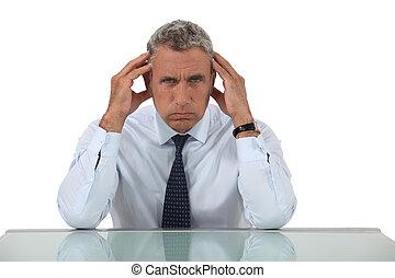 επιχειρηματίας , αρχαιότερος , πονοκέφαλοs