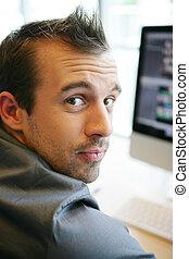 επιχειρηματίας , δικός του , ηλεκτρονικός υπολογιστής