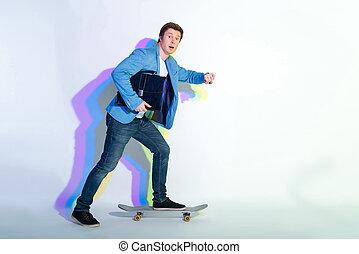 επιχειρηματίας , δουλειά , έκπληκτος , skateboarding