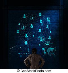 επιχειρηματίας , εργαζόμενος , με , καινούργιος , μοντέρνος , ηλεκτρονικός υπολογιστής , δείχνω , κοινωνικός , δίκτυο , δομή , επειδή , γενική ιδέα
