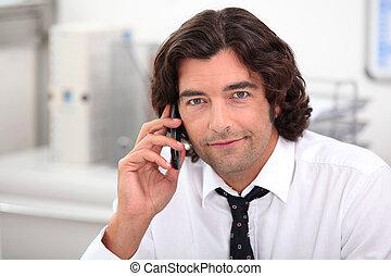 επιχειρηματίας , τηλέφωνο