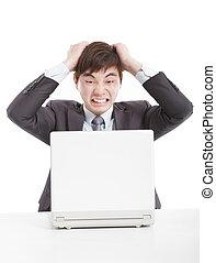 επιχειρηματίας , laptop , ανατρέπω