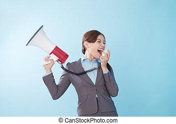 επιχειρηματίαs γυναίκα , μεγάφωνο , ευτυχισμένος