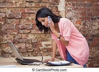 ευκίνητος τηλέφωνο , γυναίκα , αυτήν , επάγγελμα