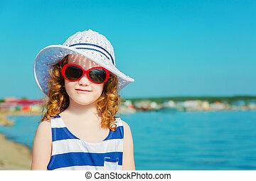 ευτυχισμένος , παιδί , μέσα , ο , sea., ταξιδεύω , concept.