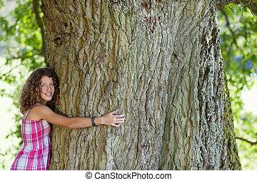 εφηβικής ηλικίας , ευτυχισμένος , δέντρο , κορίτσι , αγκαλιά