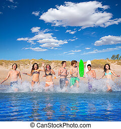 εφηβική ηλικία , surfers , σύνολο , τρέξιμο , παραλία , αναβλύζω