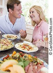 ζευγάρι , απολαμβάνω , γεύμα , μαζί