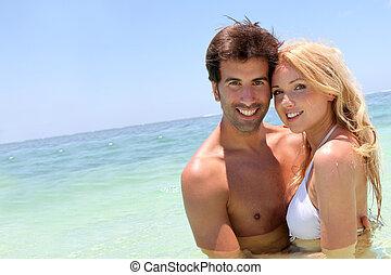 ζευγάρι , απολαμβάνω , διακοπές , εις άρθρο ακρογιαλιά