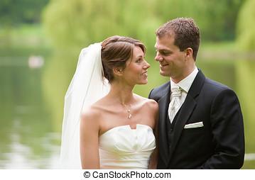 ζευγάρι , γάμοs