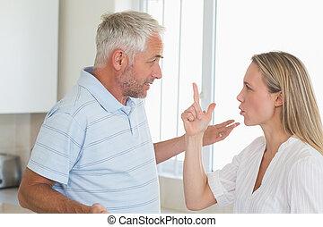 ζευγάρι , θυμωμένος , έχει , επιχείρημα