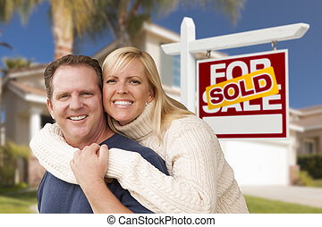 ζευγάρι , in front of , αόρ. του sell , πραγματικός θέση αναχωρώ , και , σπίτι