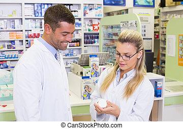 ζεύγος ζώων , ατενίζω , φάρμακο , φαρμακοποιός