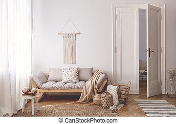 ζούμε , γινώμενος , φυσικός , δωμάτιο , ξύλινος , καναπέs , χειροποίητος , καλάθι , απορροφητήρας κραδασμών , ευφυής , απτός , μπεζ , εσωτερικός , μοναδικός , αναπαυτικός