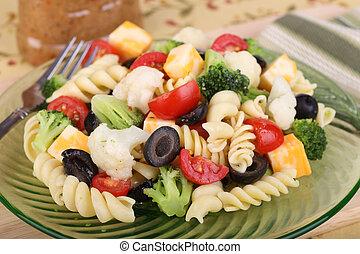 ζυμαρικά , πιάτο , σαλάτα