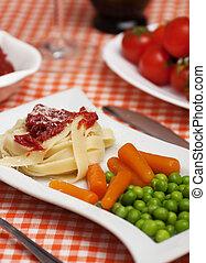 ζυμαρικά , χορτοφάγοs