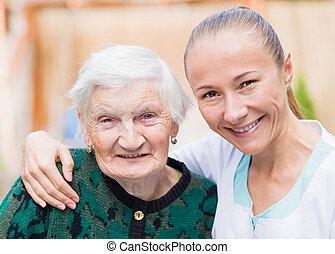 ηλικιωμένος γυναίκα , με , caregiver