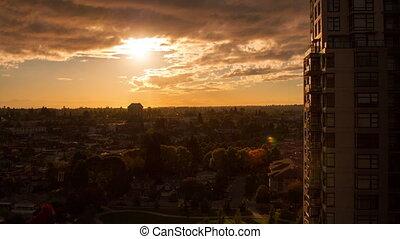 ηλιοβασίλεμα , μέσα , ένα , αναφερόμενος σε κατοίκους ακτίνα...