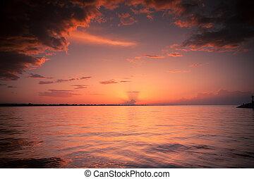 ηλιοβασίλεμα , μεσόγειος θάλασσα