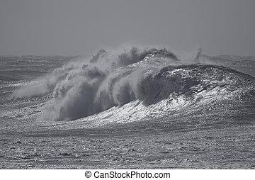 θάλασσα , καταιγίδα
