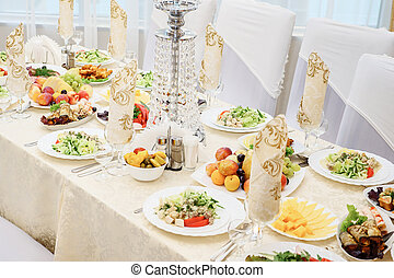 θέτω , υπηρεσία , εστιατόριο , ασημικά , βάζω τζάμια βάζω στο τραπέζι , πάρτυ , stemware , πριν