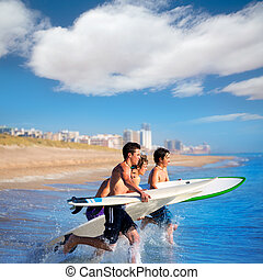 θαλάσσιο σπορ , surfers , αγόρι , τρέξιμο , αγνοώ , σανίδα ...