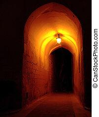 θολωτός διάδρομος , νύκτα