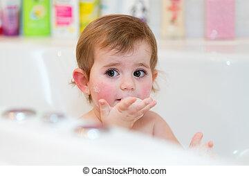 ιαματική πηγή , ελκυστικός , αδύναμος δεσποινάριο , μπάνιο