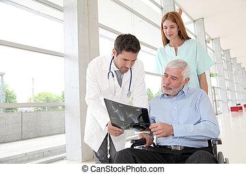 ιατρικός εργάζομαι αρμονικά με , έλεγχος επαλήθευση ακτίνα ραίντγκεν , με , ασθενής