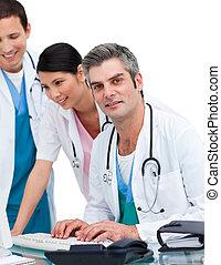 ιλαρός , ιατρικός , ηλεκτρονικός υπολογιστής , εργαζόμενος , ζεύγος ζώων