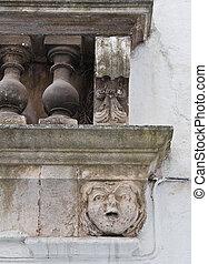 ιστορικός , balcony.