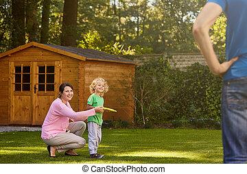 κήπος , οικογένεια , παίξιμο