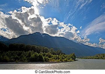 καναδάs , επαρχιακός , θαμπάδα , κολομβία , αναλαμπή , πάρκο , squamish, βρεταννίδα , πίσω , δραματικός , brackendale, αετοί , ήλιοs , ποτάμι , βλέπω