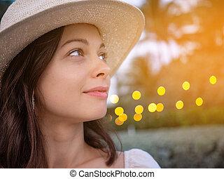 καπέλο , χαμογελαστά , νέα γυναίκα