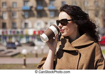 καφέs , κορίτσι , αστικόσ δρόμοσ.