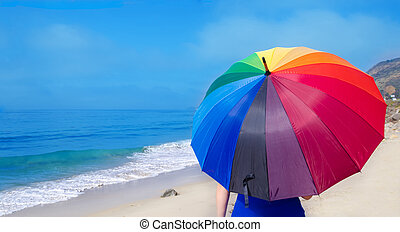 κορίτσι , με , ουράνιο τόξο , ομπρέλα