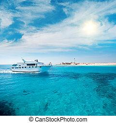κοραλλιότοπος , λιμνοθάλασσα